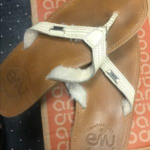 Emu leather flip flop with shearling